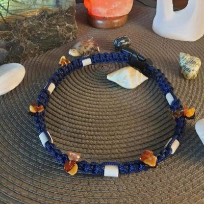 collier-antiparasitaire-perles-em-et-ambres-baltique